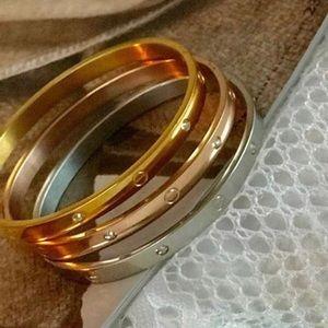 Jewelry - Bangle cuff